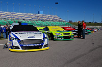 Hollywood Casino 400 NASCAR Sprint Cup Series Race @ Kansas 0001